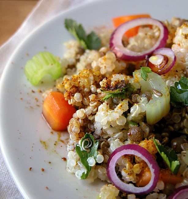 quinoa speziata con lenticchie