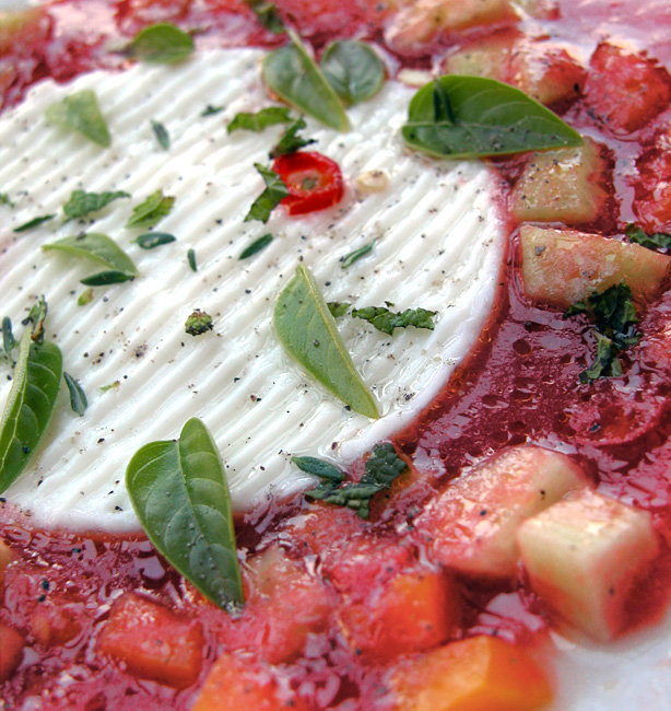 zuppa fredda di pomodori
