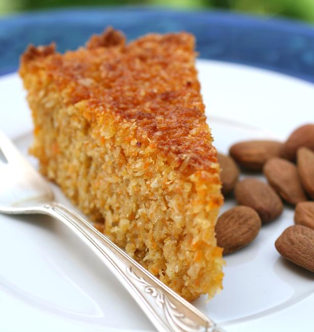 tortadicaroteecocco01 Torta di carote e cocco senza farina